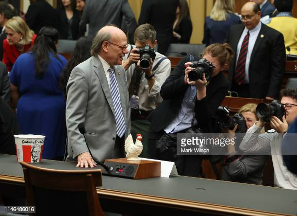 Rep Steve Cohen put a plastic chicken where Attorney General William Barr would have been seated if he appeared before the House Judiciary Committee...
