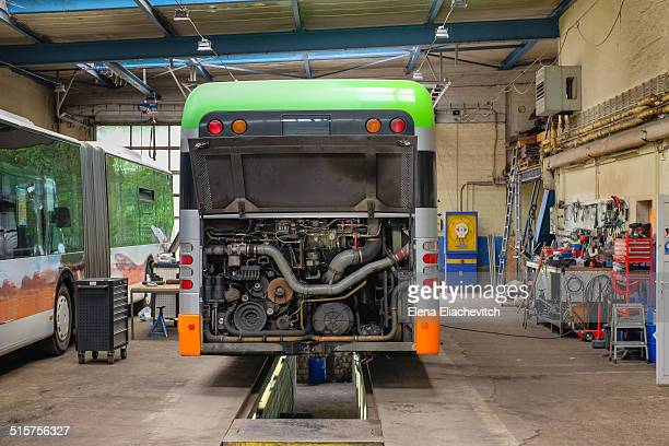 Repair of the engine of a CNG bus