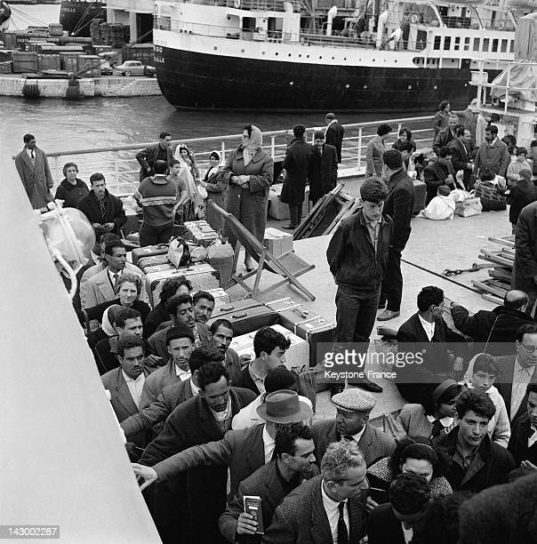Repatriated people from Algeria arrive in Marseille aboard the ship Ville De Tunis in Marseille France on July 20 1962