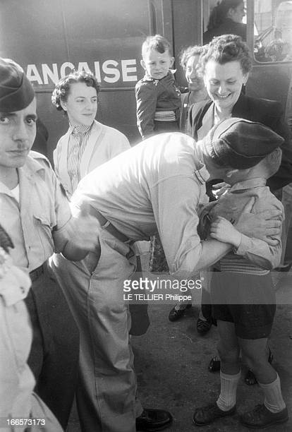 Repatriation Of Wounded From Indochina On Liner 'Pasteur' 1954 les soldats français blessés en Indochine sont rapatriés sur le paquebot 'Pasteur'...