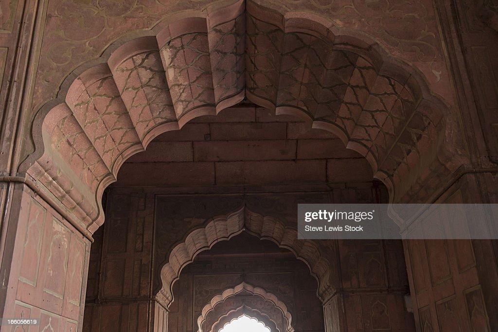 Repeating doorways : Stock Photo