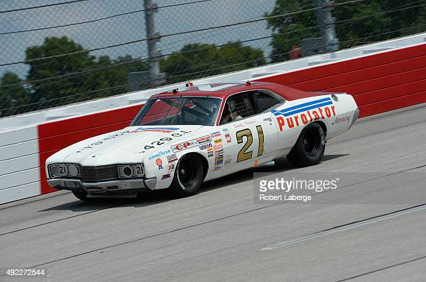 Replica car drives during qualifying for the NASCAR Sprint Cup Series Bojangles' Southern 500 at Darlington Raceway on September 5 2015 in Darlington...