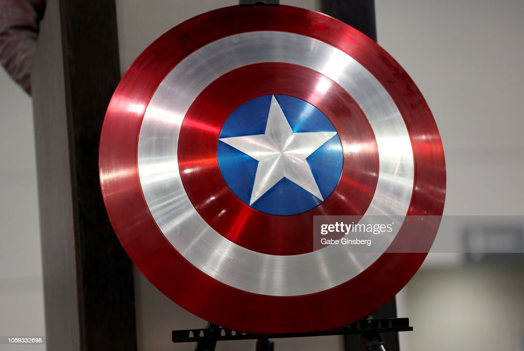 Great American Comic Convention Celebrates The Life And Legacy Of Marvel Creator Stan Lee : News Photo