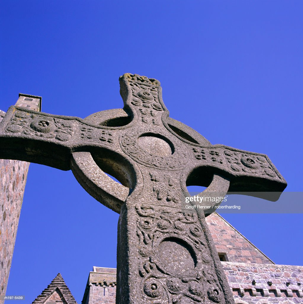Replica of St John's Cross, Abbey, Island of Iona, Scotland, UK, Europe : Foto de stock