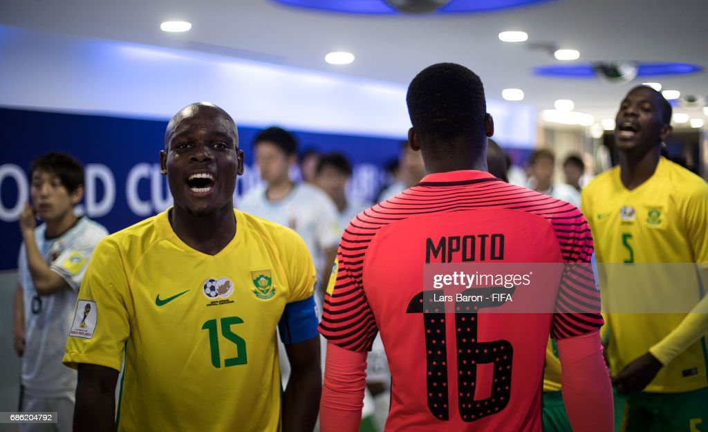Repo Malepe of South Africa sings in the tunnnel with his team mates prior to the FIFA U-20 World Cup Korea Republic 2017 group D match between South Africa and Japan at Suwon World Cup Stadium on May 21, 2017 in Suwon, South Korea.