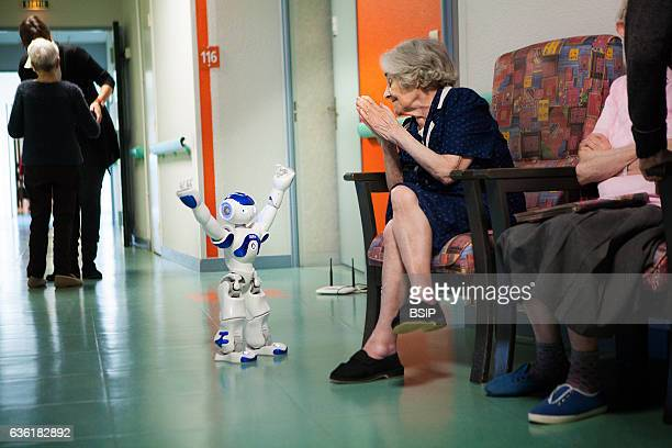 Reportage in the ÔBalcons de TivoliÕ nursing home in the Bordeaux region of France which is equipped with a Zora robot. Zora is a software solution...