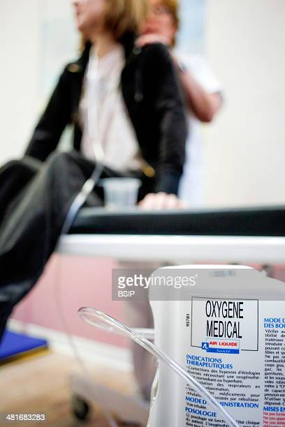 Reportage in the CRCM for adults located in the Albert Calmette hospital in Lille France Respiratory physical therapy session to help expectorate...