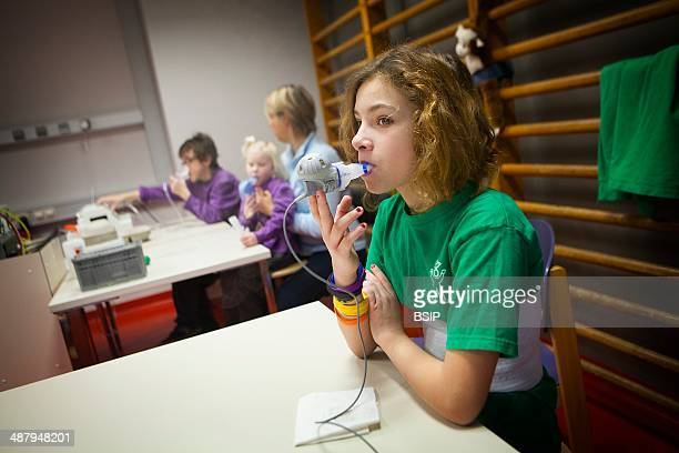 Reportage on Lara who suffers from cystic fibrosis Once a year Lara has to stay in the Zeepreventorium centre in Belgium which specialises in...