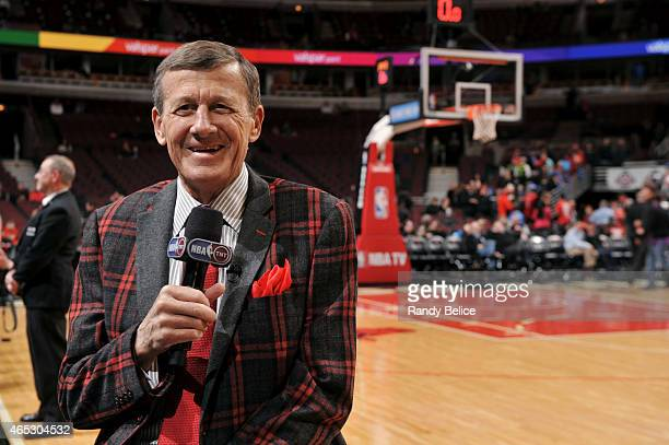 Reporter Craig Sager reports before a game between the Oklahoma City Thunder and Chicago Bulls on March 5 2015 at the United Center in Chicago...