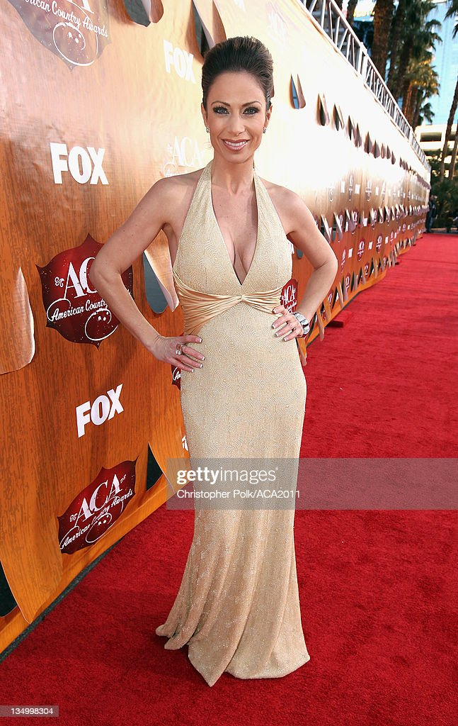 American Country Awards 2011 - Red Carpet : News Photo