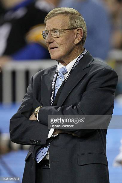 Reporter Lou Holtz looks on during the Tostitos BCS National Championship Game between the Oregon Ducks and the Auburn Tigers at University of...