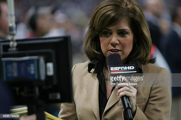 ESPN reporter Michele Tafoya reports from the sidelines during a game between the Chicago Bears and the St Louis Rams on December 11 2006 at the...