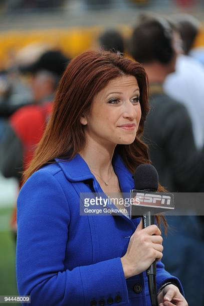 Reporter Rachel Nichols reports from the sideline before the start of a game between the Cincinnati Bengals and Pittsburgh Steelers at Heinz Field on...