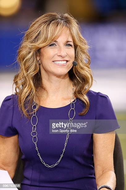 Eagles Vs Rams >> Suzy Kolber Stock Photos and Pictures | Getty Images