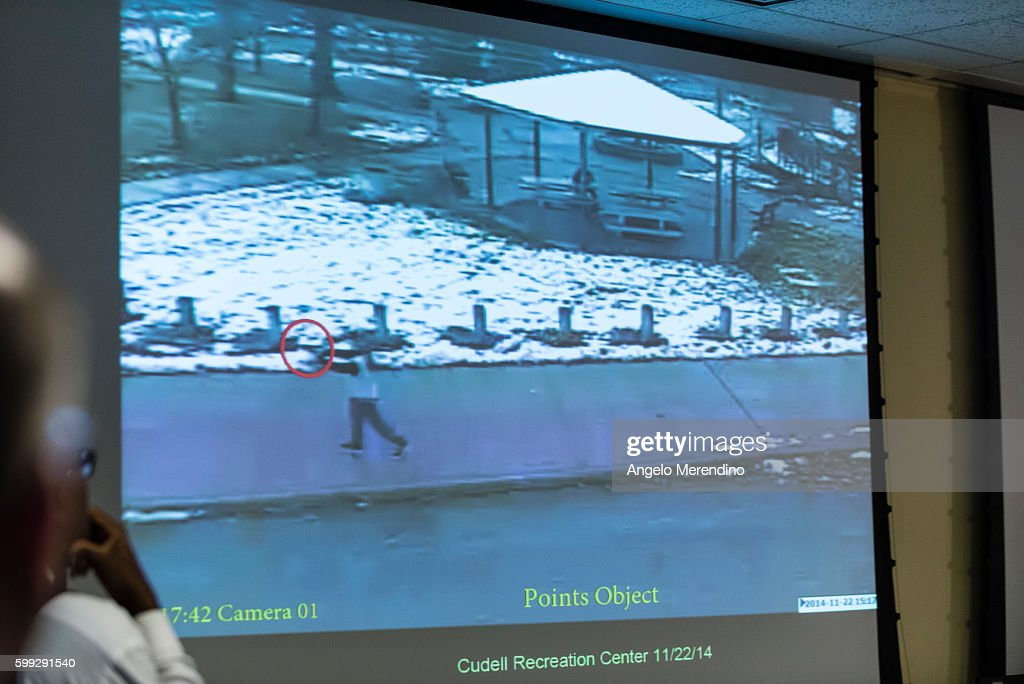Cleveland Police Release Video of Tamir Rice Shooting : News Photo