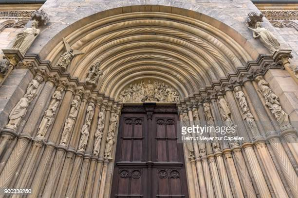 Representation of the Last Judgement, left and right the prophets with the apostles on their shoulders in the tympanum of the Princes Portal, Bamberg Cathedral, Bamberg, Upper Franconia, Bavaria, Germany