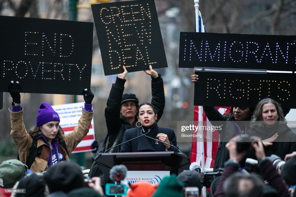 Demonstrators Take Part In 3rd Annual Women's March On NYC : Foto jornalística