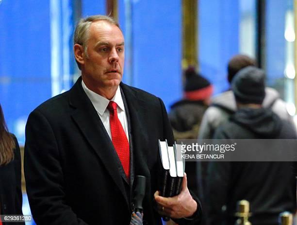 US Representative at large from Montana Ryan Zinke arrives at Trump Tower on December 12 2016 in New York / AFP / KENA BETANCUR