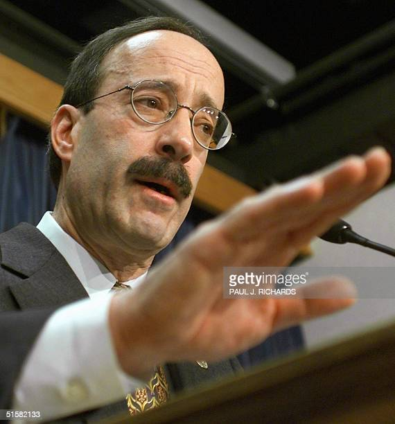 Representative Eliot Engel conducts a press conference on Capitol Hill 07 December 2000 proposing two constitional amendments to change the Electoral...