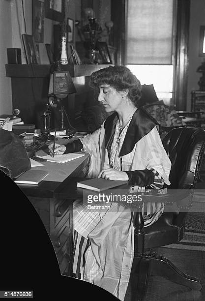 Rep Jeanette Rankin president of Montana Woman's Suffrage Movement elected to Congress
