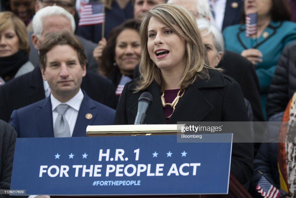 Speaker Pelosi And House Democrats Hold News Conference Ahead Of H.R. 1 Vote : News Photo