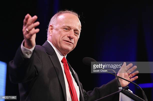 Representative Steve King speaks to guests at the Iowa Freedom Summit on January 24, 2015 in Des Moines, Iowa. The summit is hosting a group of...