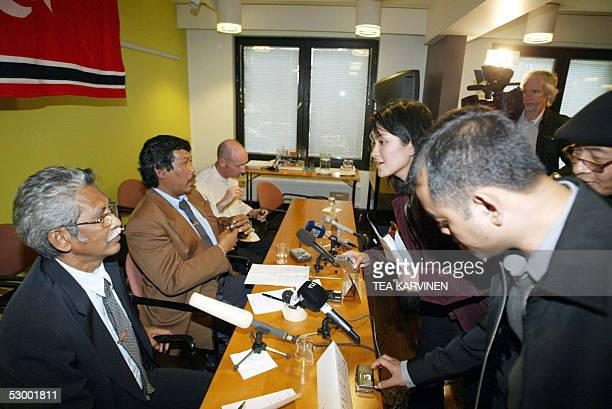 Representatives of Free Aceh Movement Nur Djuli Bakhtiar Abdullah and Doctor Damien Kingsbury speak with journalist during a presser 31 May 2005 in...