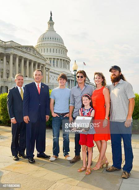 Representatives Trent Franks with Mia Robertson Cole Robertson Missy Robertson Reed Robertson and Jase Robertson of the television show 'Duck...