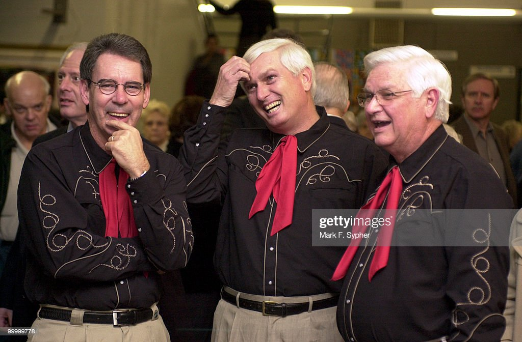 Reps. Ron Lewis (R-KY), John J. Duncan (R-TN) and Harold Rogers (R-KY) have a laugh before joining Rep. Collin C. Peterson (D-MN) on stage at the Duke Ellington School of the Arts for Congress night on Wednesday.
