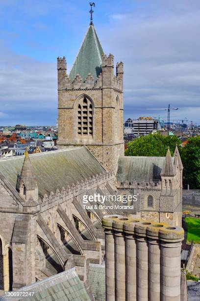 republic of ireland, dublin, christ church cathedral - leinster province stock pictures, royalty-free photos & images