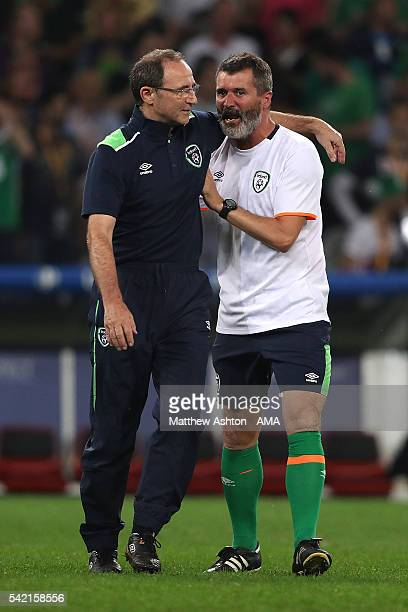 Republic of Ireland Head Coach / Manager Martin O'Neill celebrates with Assistant Roy Keane at the end of the UEFA EURO 2016 Group E match between...