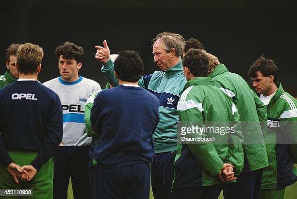 Republic of Ireland manager Jack Charlton makes a point during a Republic of Ireland training session in March 1991.