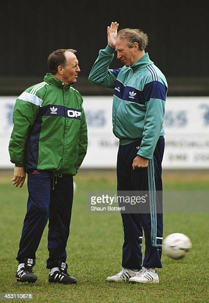 Republic of Ireland manager Jack Charlton with assistant Maurice Setters during a Republic of Ireland training session in 1991