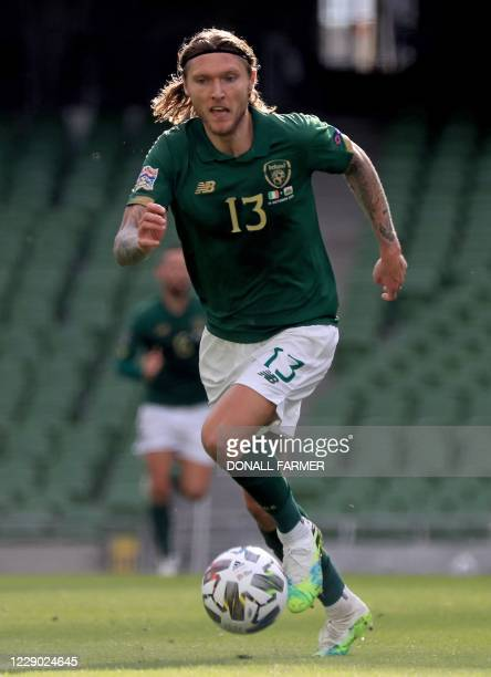 Republic of Ireland's midfielder Jeff Hendrick runs with the ball during the UEFA Nations League Group B4 football match between the Republic of...
