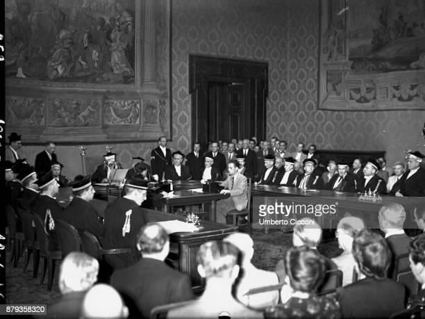Republic referendum in Italy, court of cassation reads favorable votes, Rome 1946.