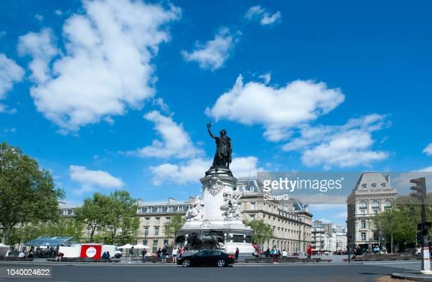 republic square in paris - place de la republique paris stock pictures, royalty-free photos & images