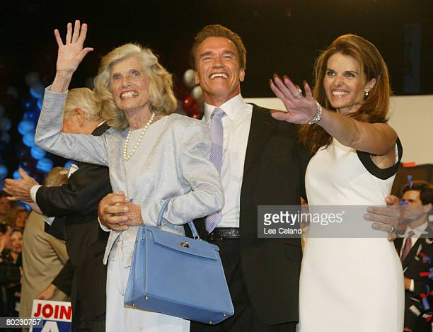 Republican candidate Arnold Schwarzenegger, R. Sargent Shriver, Eunice Kennedy Shriver and Maria Shriver celebrate victory in the California recall...