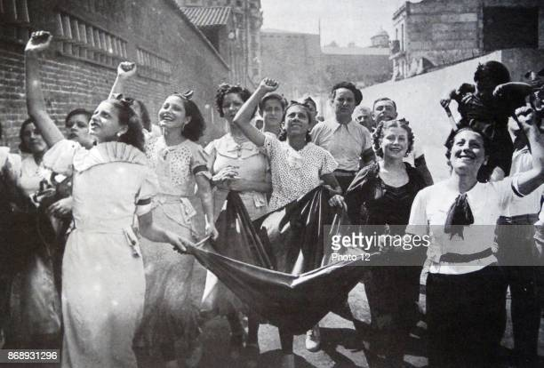 Republican civilians collect donations during the Spanish Civil War.