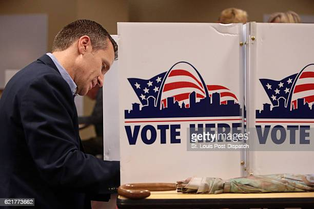 Republican gubernatorial candidate Eric Greitens makes his ballot selections on Tuesday, Nov. 8, 2016 at the St. Louis Public Library Schlafly branch...