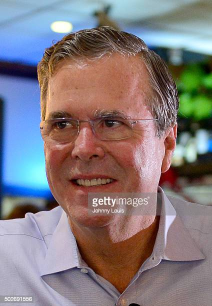 Republican presidential candidate and former Florida Governor Jeb Bush holds a meet and greet at Chico's Restaurant on December 28 2015 in Hialeah...