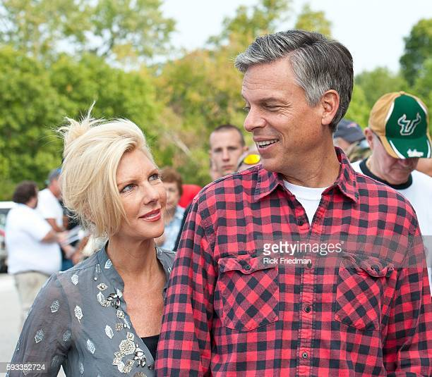 Republican presidential candidate and former Utah Governor Jon Huntsman campaigning with his wife Mary Kaye Huntsman at a gun show in Concord NH on...