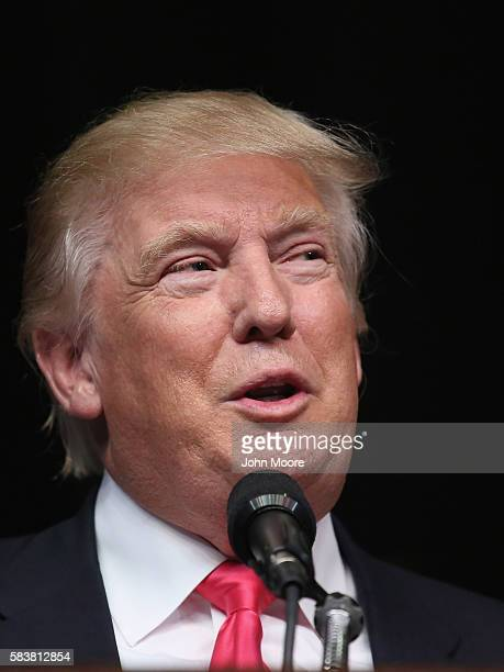 Republican Presidential candidate Donald Trump addresses a crowd of supporters on July 27, 2016 in Scranton, Pennsylvania. Trump spoke at the...