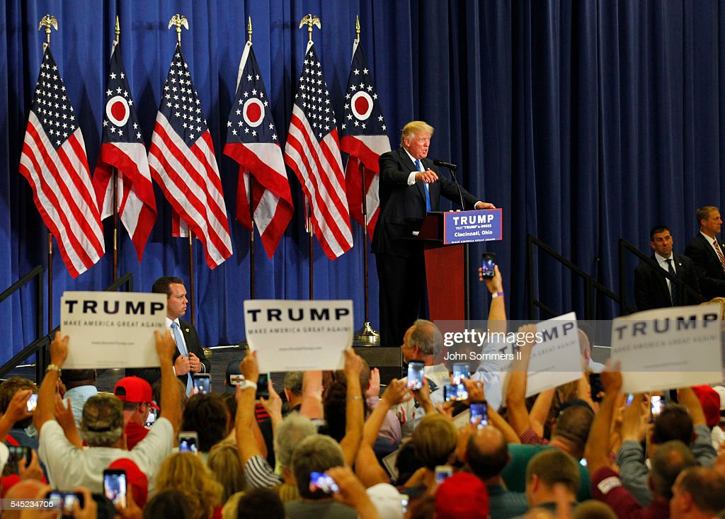 Donald Trump Campaigns in Cincinnati : News Photo