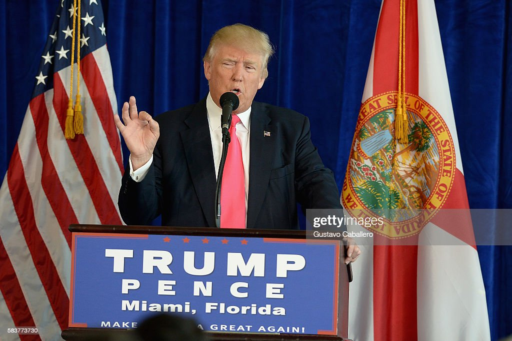 Donald Trump Miami Press Conference : News Photo
