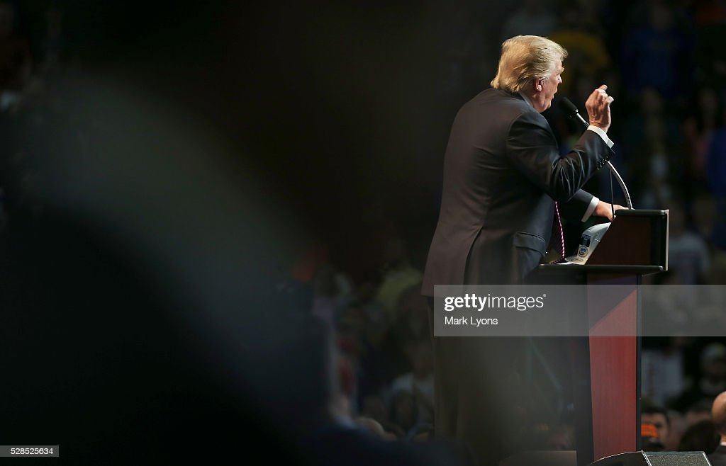 Republican Presidential candidate Donald Trump speaks during his rally at the Charleston Civic Center on May 5, 2016 in Charleston, West Virginia. Trump became the Republican presumptive nominee following his landslide win in indiana on Tuesday.
