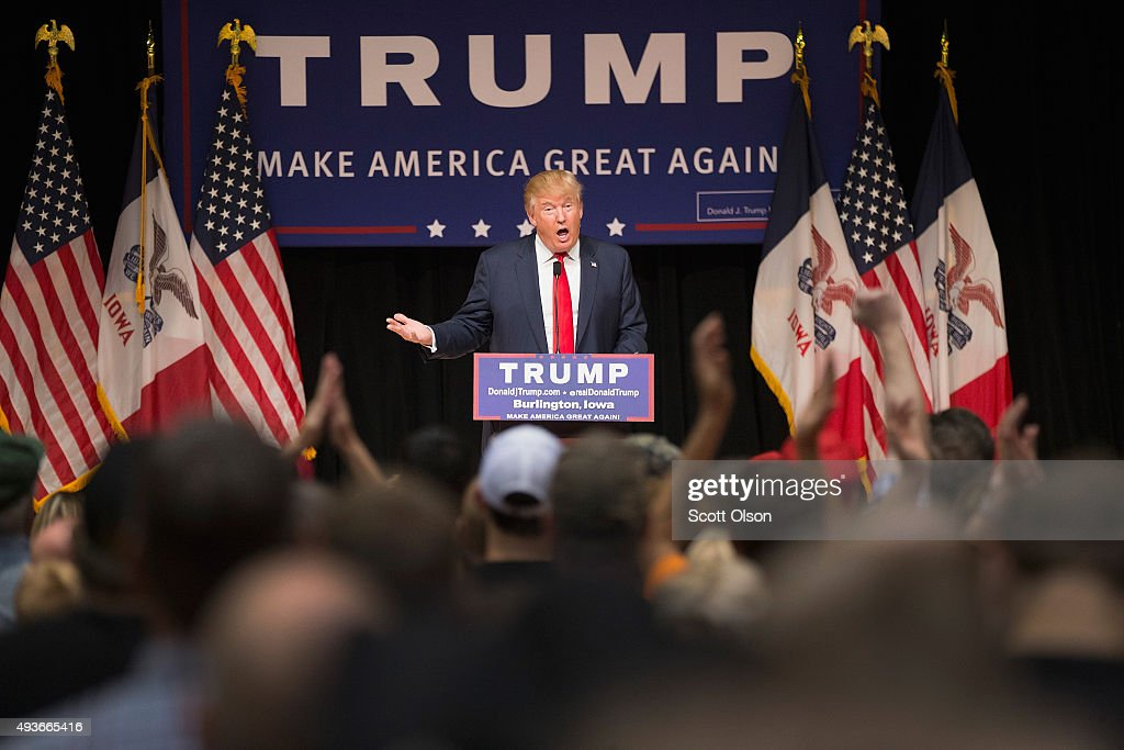 GOP Presidential Candidate Donald Trump Campaigns In Iowa : News Photo