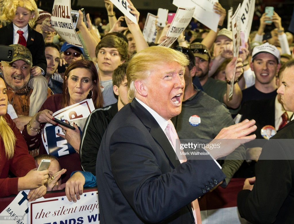 Republican presidential candidate Donald Trump speaks to supporters after a rally at Valdosta State University February 29, 2016 in Valdosta, Georgia. On the eve of the Super Tuesday primaries, Trump is enjoying his best national polling numbers of the election cycle, increasing his lead over rivals Sens. Marco Rubio (R-FL) and Ted Cruz (R-TX).