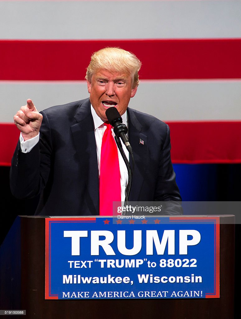 Presidential Candidate Donald Trump Campaigns In Wisconsin Ahead Of State's Primary : News Photo