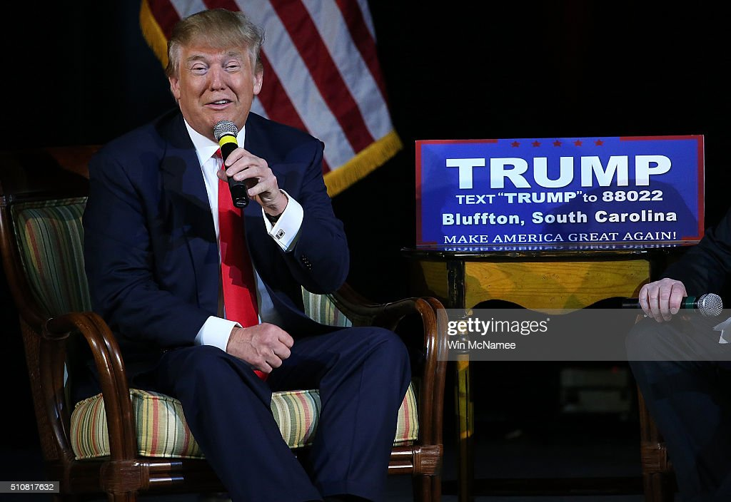 Republican presidential candidate Donald Trump speaks to voters on February 17, 2016 in Bluffton, South Carolina. Trump addressed the Sun City Republicans with three days remaining before the South Carolina Republican primary.