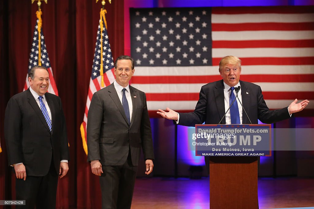 Donald Trump Holds Event To Benefit Veterans On Night Of GOP Debate : News Photo
